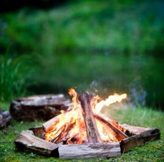 Tips for Lighting a Campfire