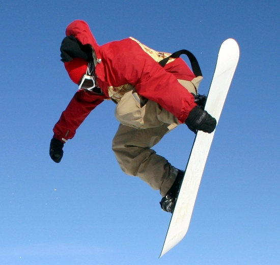 tips to be followed while carrying snowboards