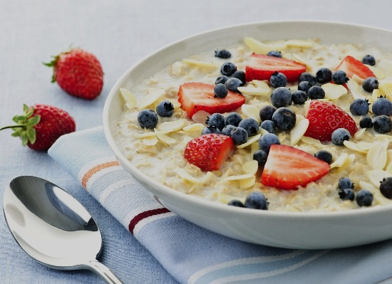cereal with fruits and milk
