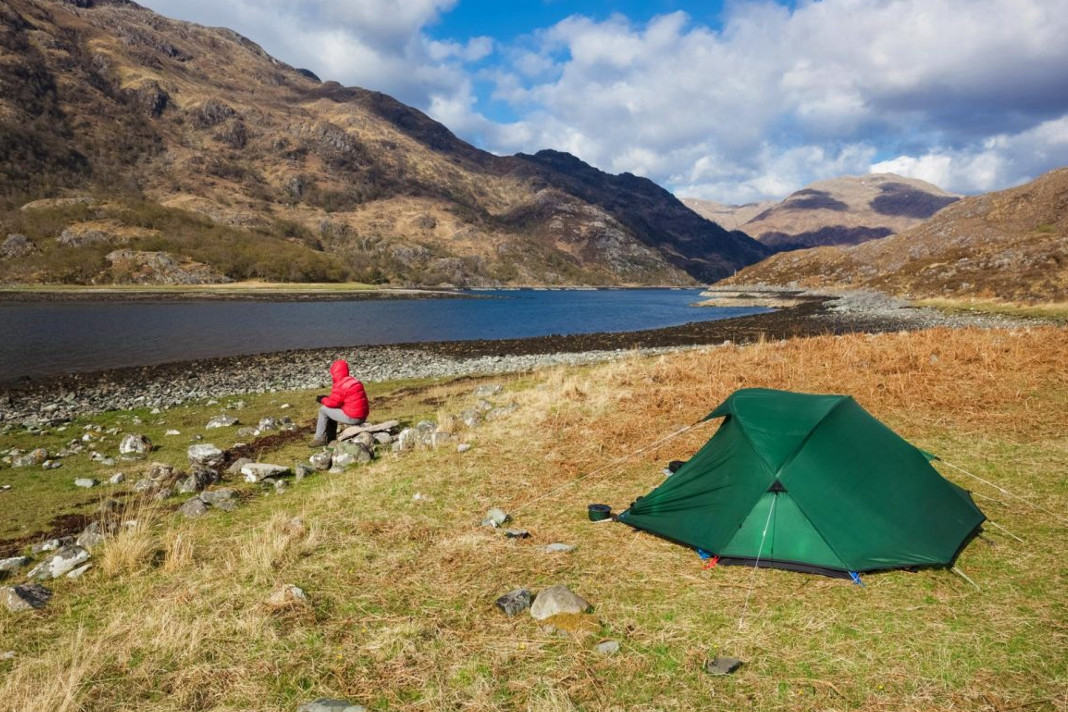 5 Things to Carry while on Wild Camping | Camping Tourist